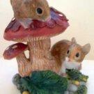 Mice on Mushroom Collectible Decor