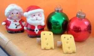 Shakers Lot /3 Enesco Holiday Ornaments Cheese w/ Cork Plugs
