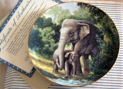 'African Elephant' Wildlife Society LMT ED Collector Plate
