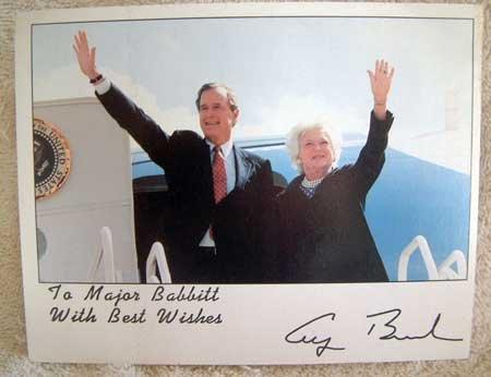 VINTAGE PHOTOGRAPH 11 : President Bush Signed Publicity Photo