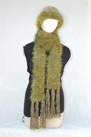 "Handmade ""olive green"" Scarf/Hat Set"