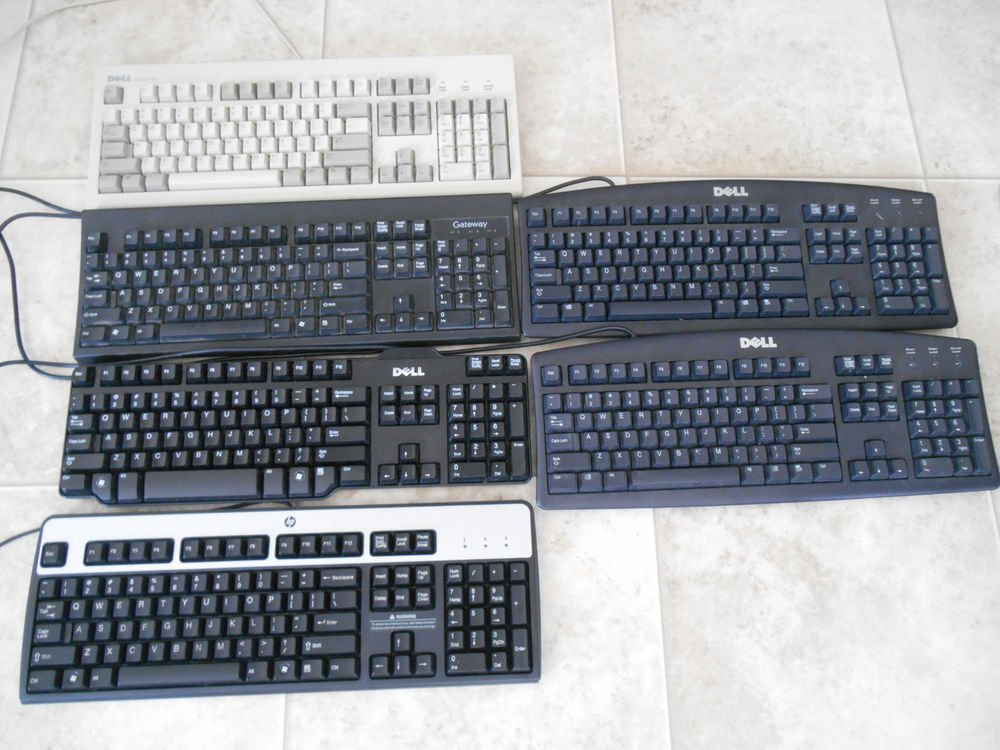 Lot of 6 various standard wired computer keyboards ps/2