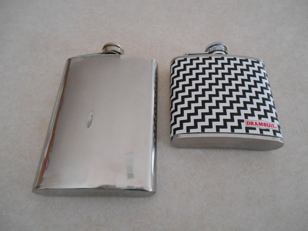 lot of 2 stanless steel flasks 5oz and 8oz Drambuie