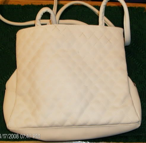 PRETTY LIGHT TAN QUILTED PURSE WITH WALLET