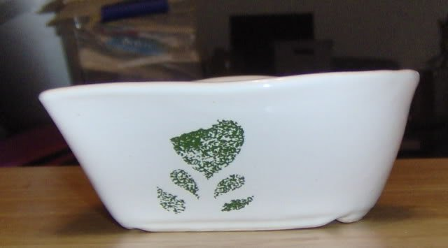 HEART SHAPED BOWL WITH A GREEN HEART - NICE BOWL