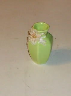 Mini Green Flower Vase, 6 Sided, With Flower Ring,Cute