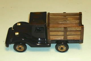 Wood Lacquered Old Style Truck Replica Gold Trim Shiny