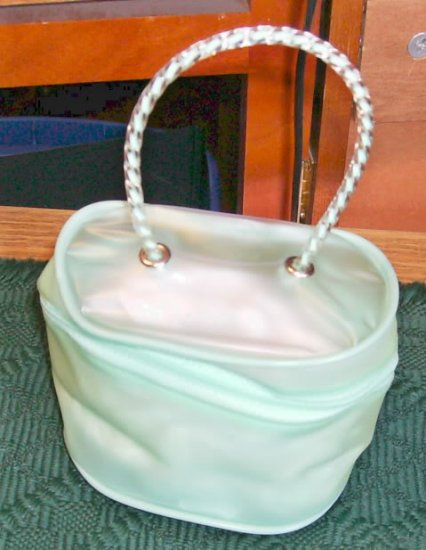 Sweet Little Green Bag, Fancy Handle, Lots of uses,New
