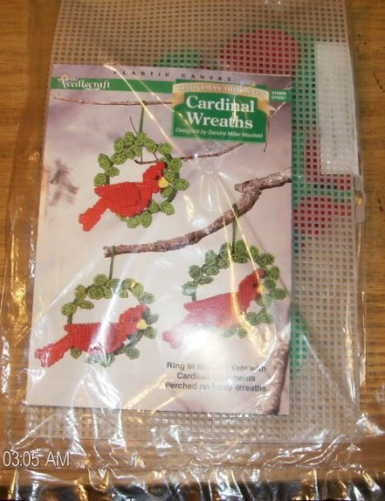 CARDINAL WREATH ORNAMENTS CHRISTMAS TRIMMING  NC SHOP