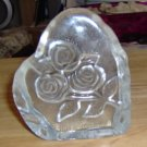 PRETTY ROSE PAPERWEIGHT