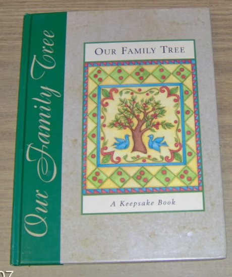 OUR FAMILY TREE - BEAUTIFUL KEEPSAKE BOOK - NEW