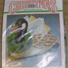 NICE BUCILLA CHRISTMAS CANADA GOOSE MAILHOLDER/DOORSTOP