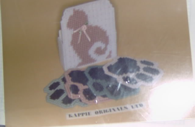 KAPPIE ORIGINALS CAT'S PAW COASTERS AND HOLDER