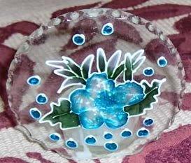 PRETTY GLASS VOTIVE HOLDER