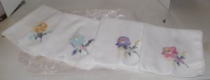 Pretty Set of 4 Hand Embroidered Napkins, Flowers, Finished Edges,Cotton Linen