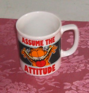 Garfield Assume The Attitude Collector Mug Cup, 1978 100% Pure Garfield,Cute Cup