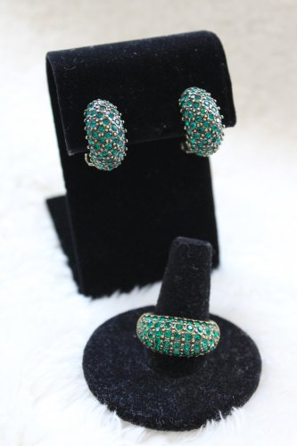 Emerald Earrings and ring size 7
