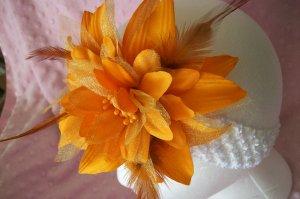 BEAUTIFUL----Large Orange Flower Clip