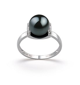 Black Japanese Akoya Ring
