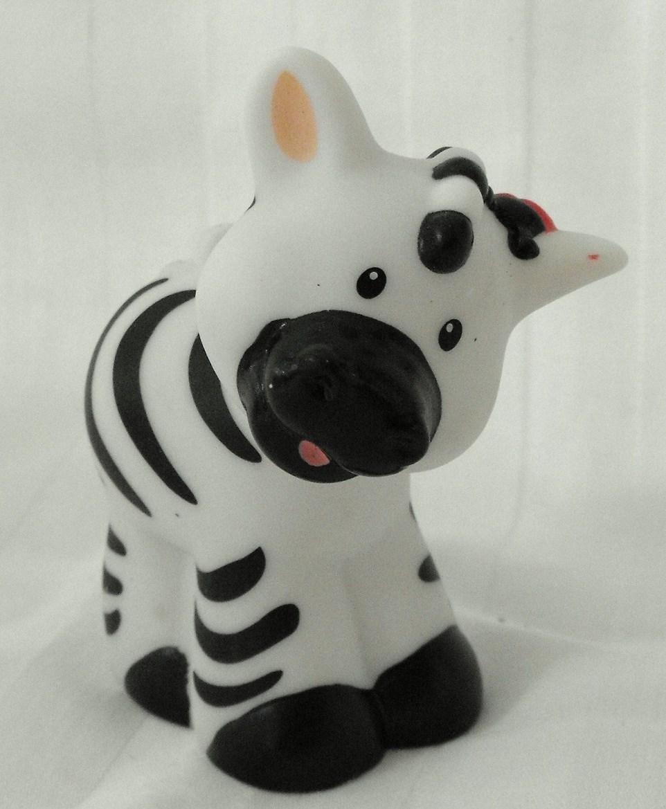 12*SOLD~Fisher Price Little People Zebra w/Ladybug Zoo Ark Part