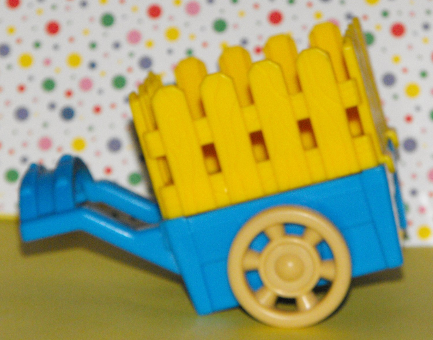 SOLD~Awaiting Feedback~Fisher Price Little People Castle Woodsman's Cart Part