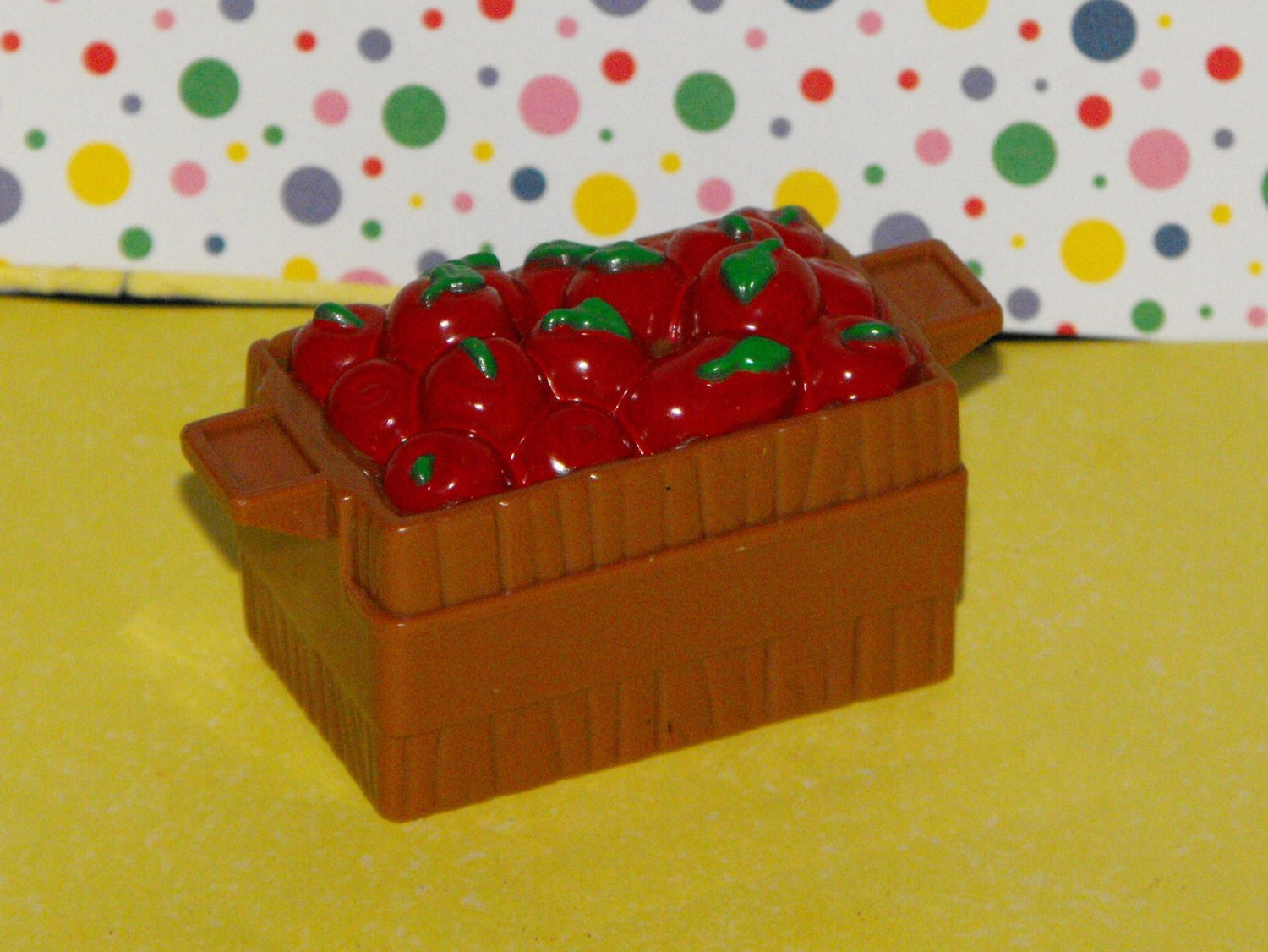 *12/11*SOLD~Fisher Price Little People Farm Tractor Apple Crate Cart Part