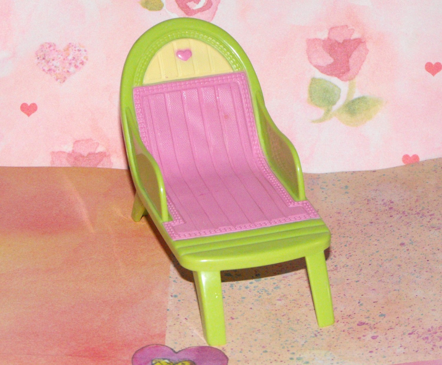 Fisher-Price Loving Family Dollhouse Pool Party Lounger