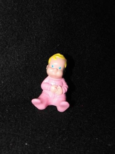 *SOLD~Awaiting Feedback~Fisher Price Loving Family Dollhouse 1993 Baby pink pj