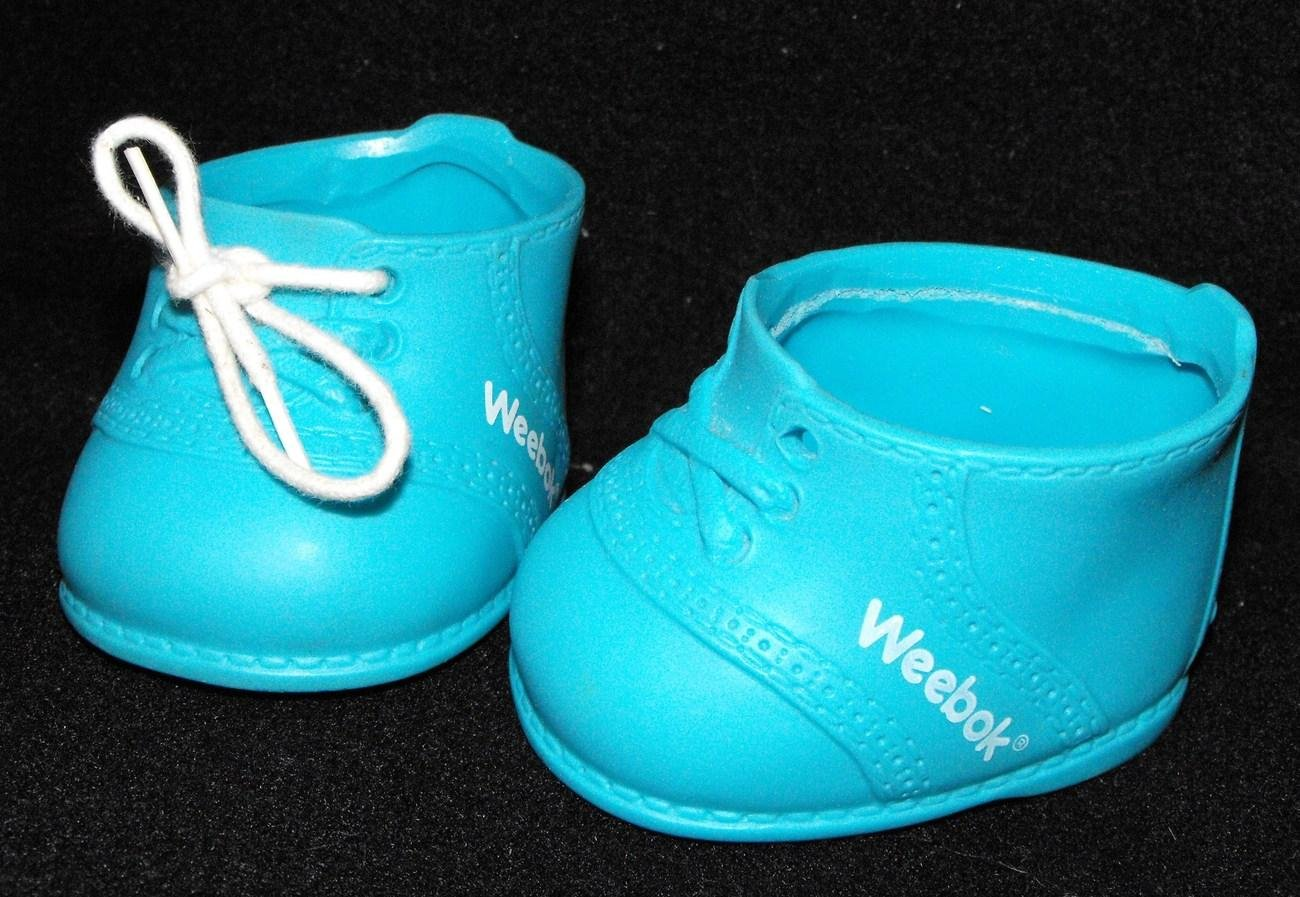 *1/14*SOLD~VINTAGE CABBAGE PATCH/MY CHILD WEEBOK SNEAKERS