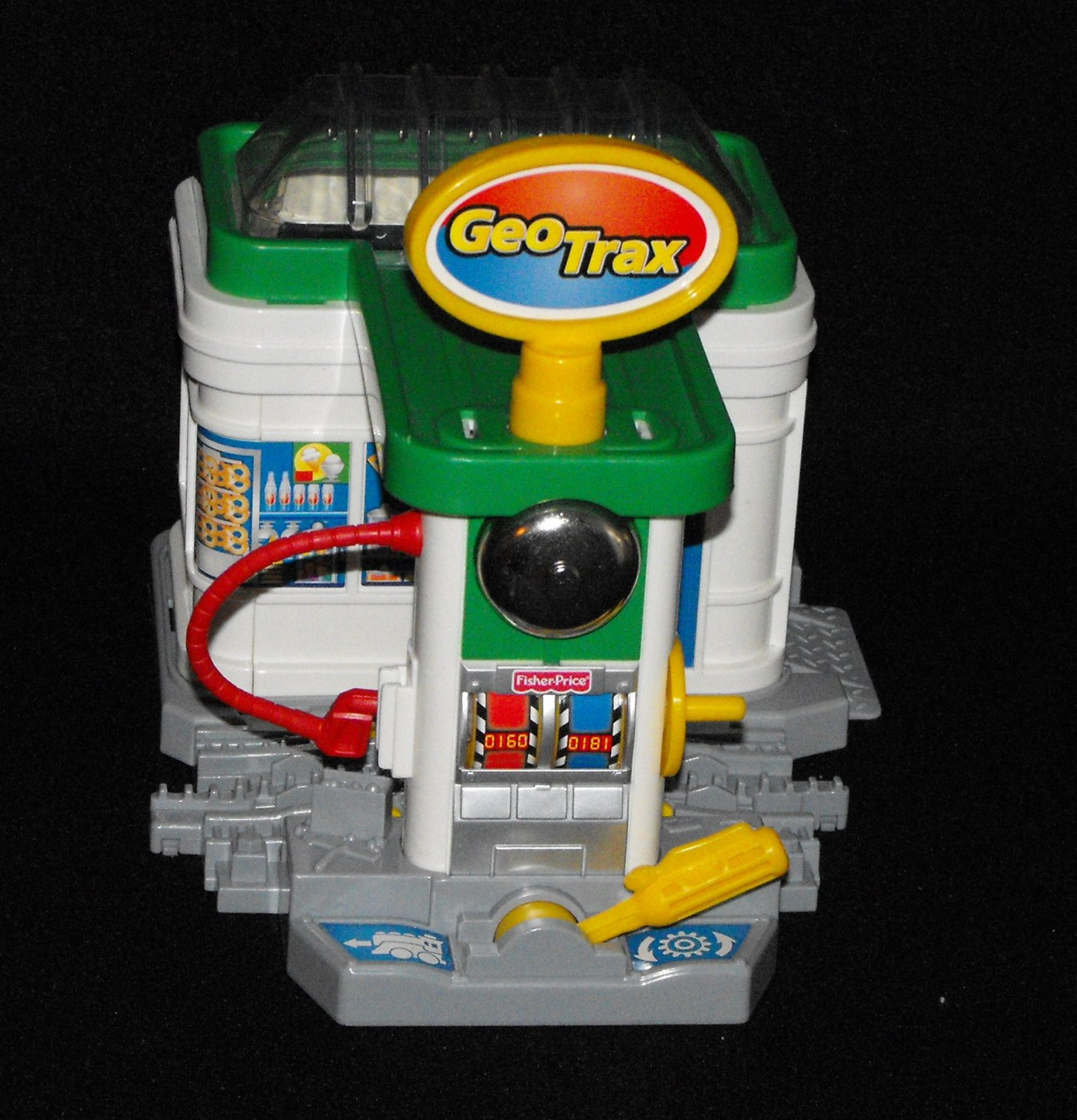 SOLD*Awaiting Feedback*Fisher Price Geotrax Geo Trax Gas n' Go Station Complete