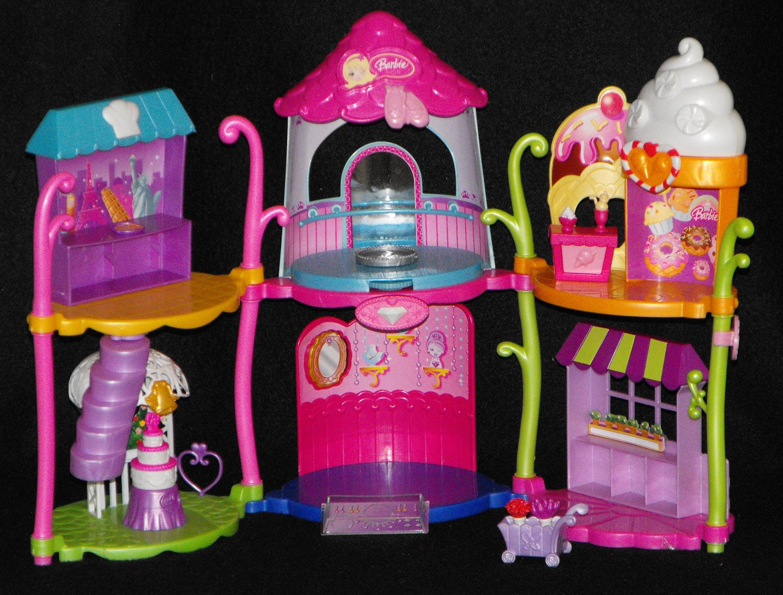Barbie Peek A Boo Petites Town Playset