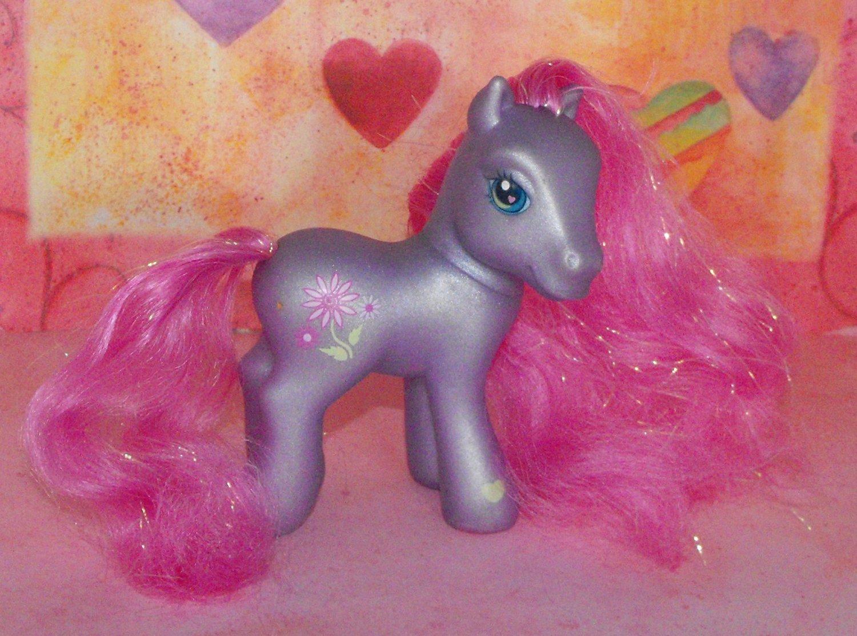 My Little Pony 2002 Petal Blossom  G2 G3
