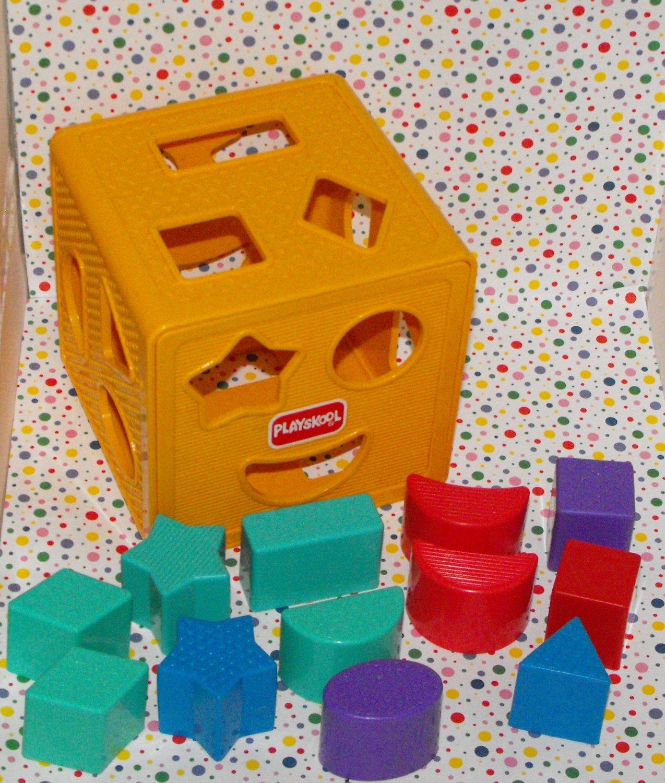 * SOLD*Vintage Playskool Busy Basics Form Fitter Shape Sorter