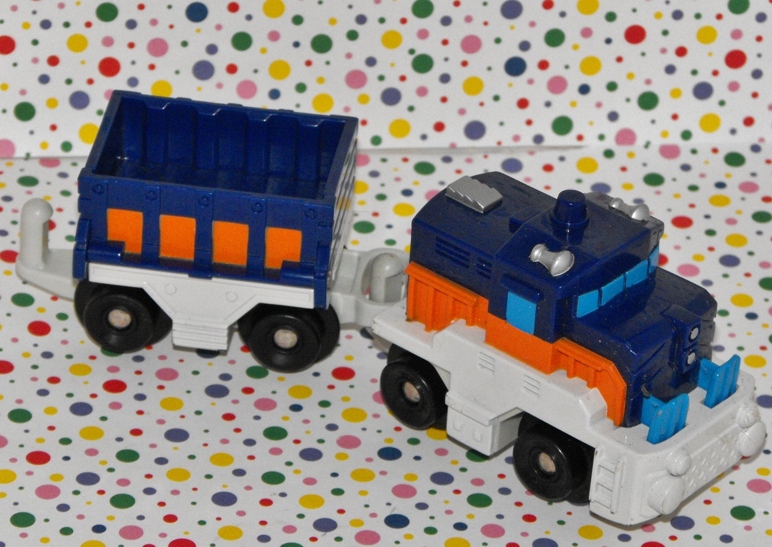 Fisher Price Geo Trax Rail & Road System Freightway Transport Train