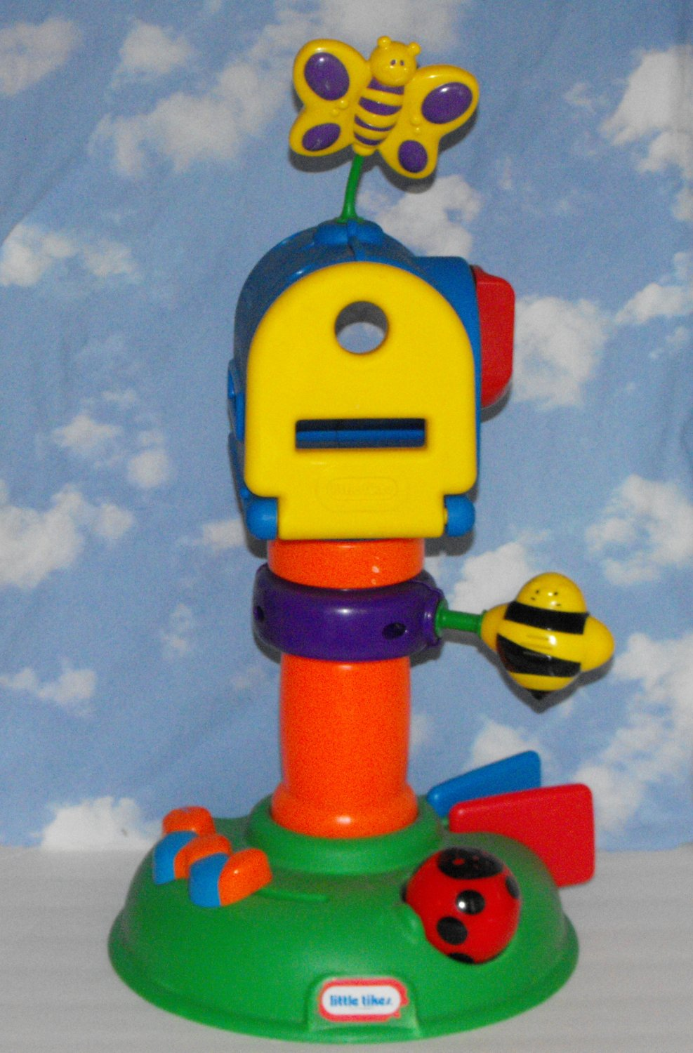 SOLD*awaiting feedback*Little Tikes Buzz About Mailbox