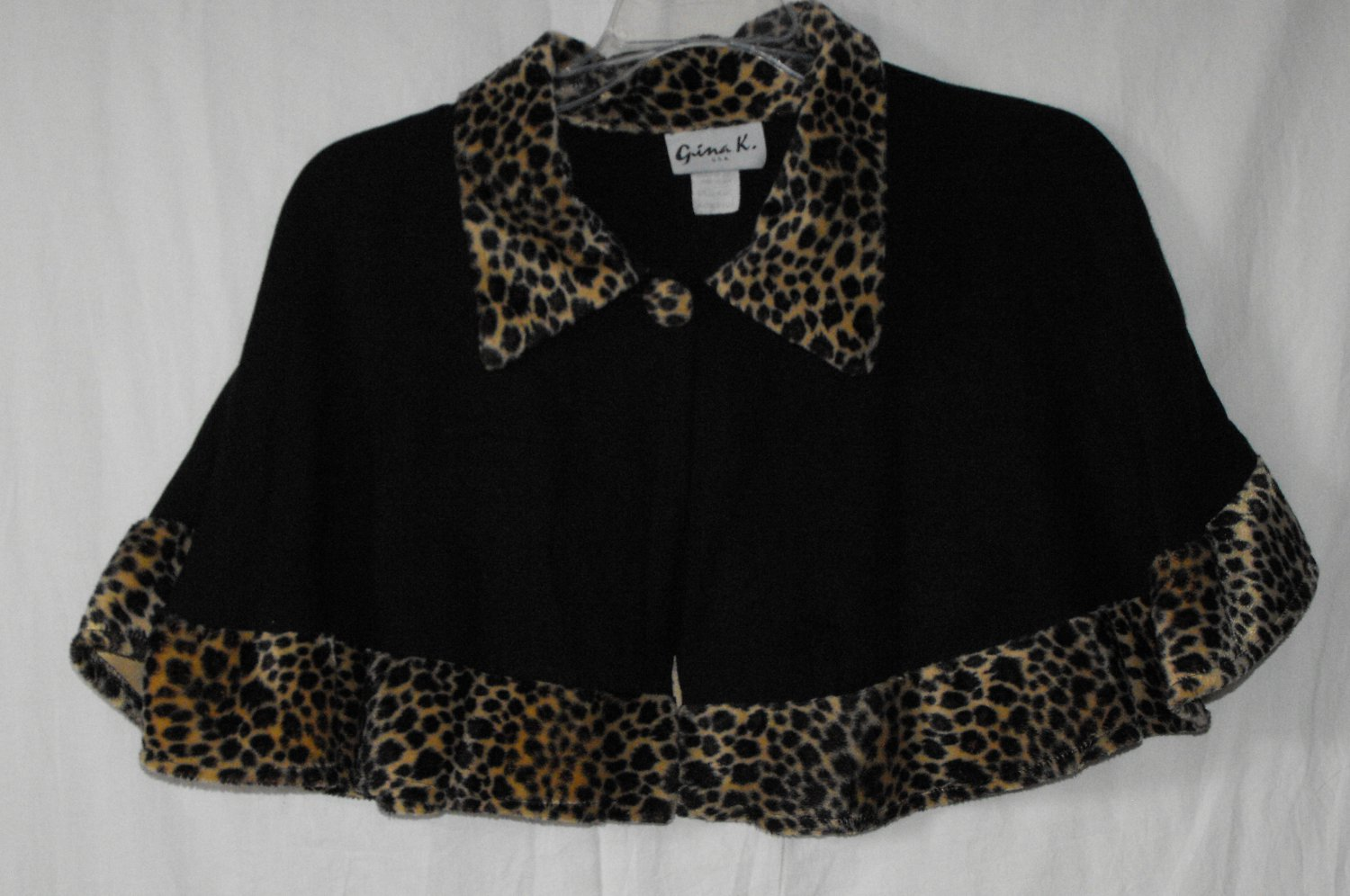*SOLD~Gina K. U.S.A. Girls Size M-Medium Leopard Print Shrug Halloween Costume?