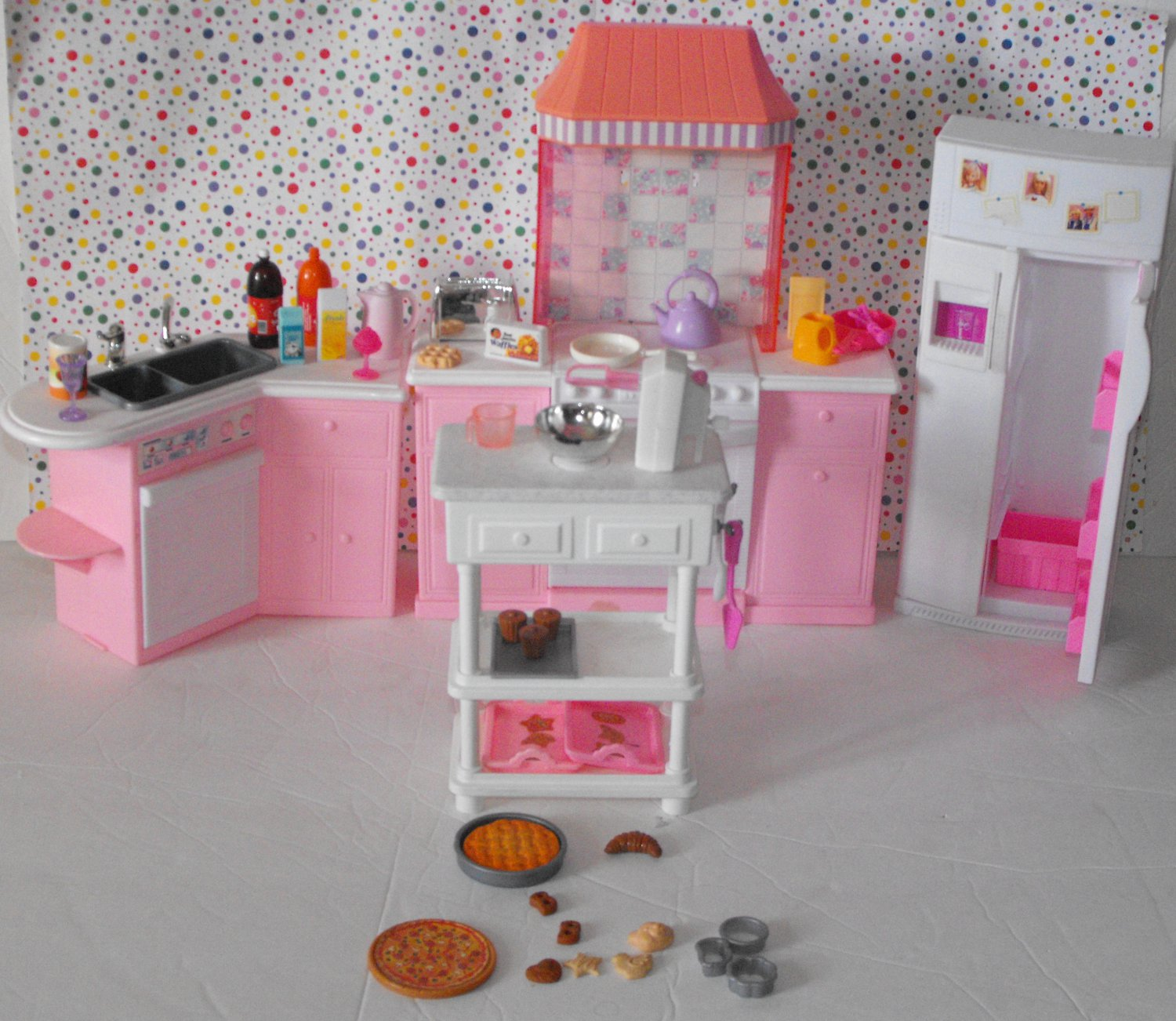 Vintage barbie dollhouse kitchen appliance accessories lot for Kitchen set from the 90 s