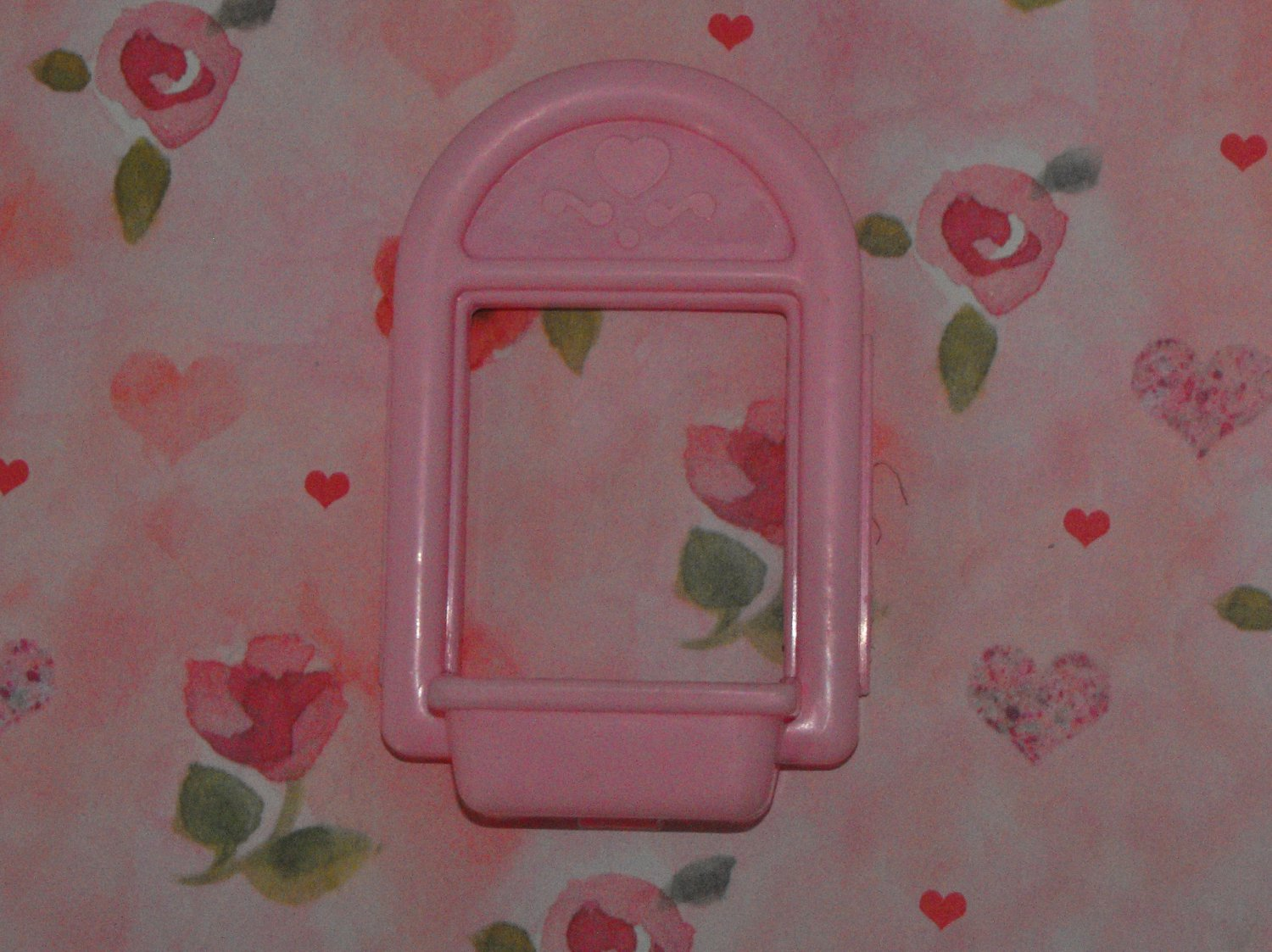 Fisher Price Loving Family Dollhouse Pink Heart Window Part