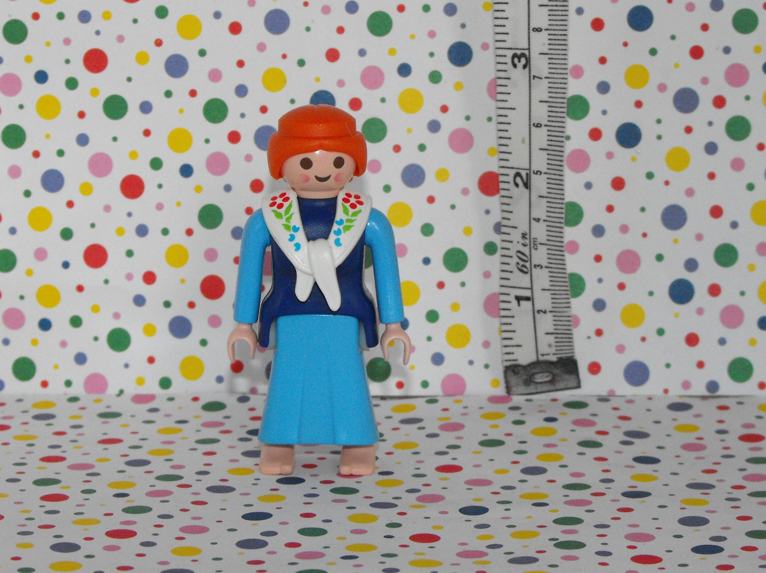 Playmobil Lego Minifigure Farm Dutch Milkmaid Woman Figure