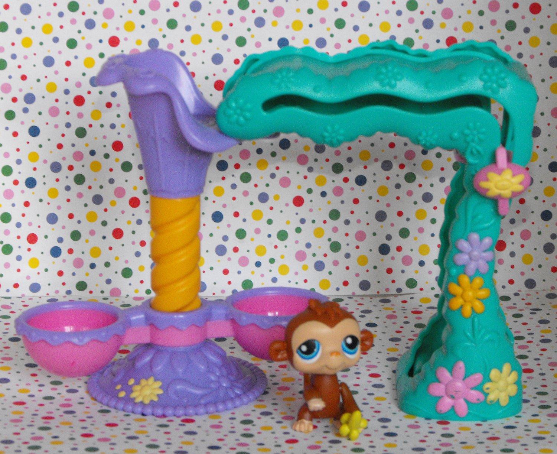Littlest Pet Shop Twirlaround Treehouse