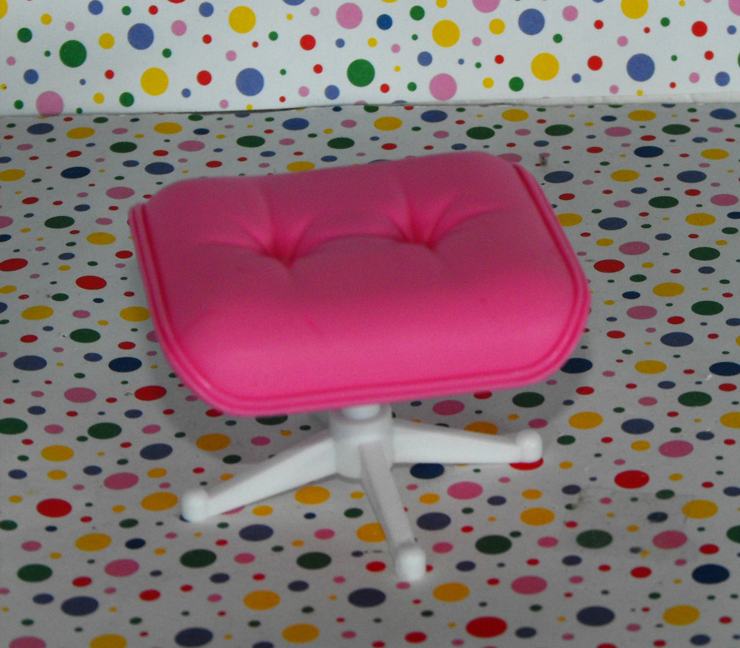 Barbie Light Up Family Room Dollhouse Pink Foot Stool Doll House Furniture