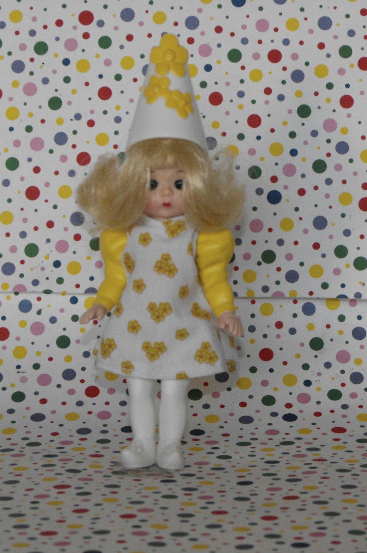 McDonalds Madame Alexander Wizard of Oz Daisy Munchkin