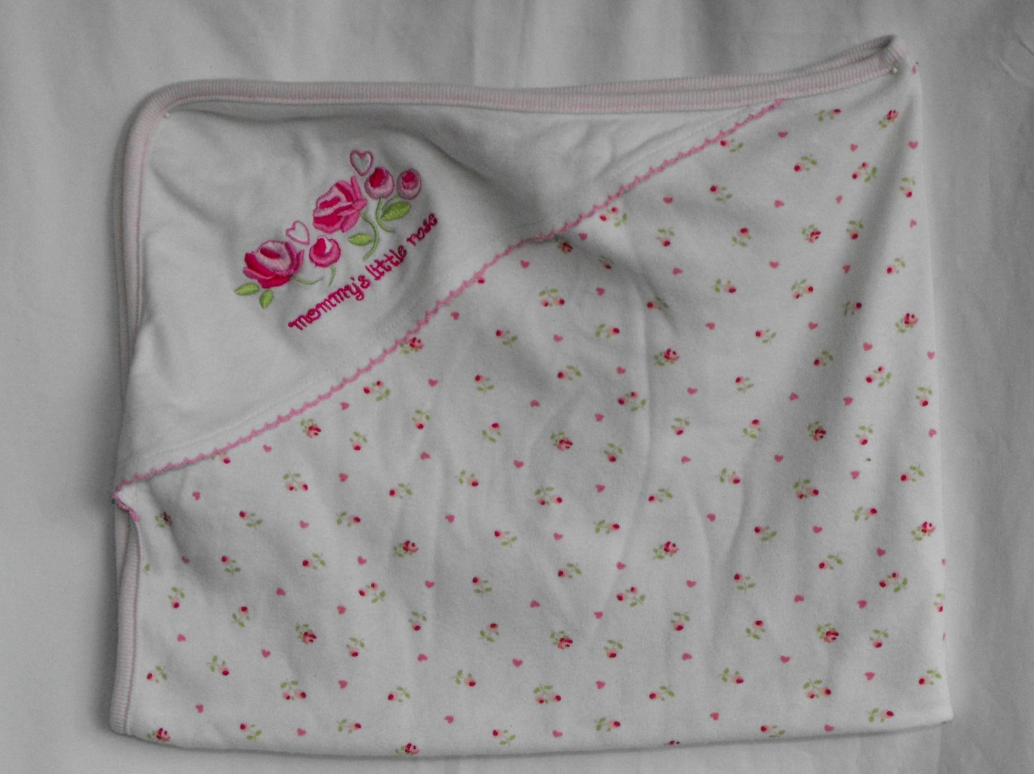 """""""Mommy's Little Rose"""" Floral Print Pink Hooded Bath Towel"""