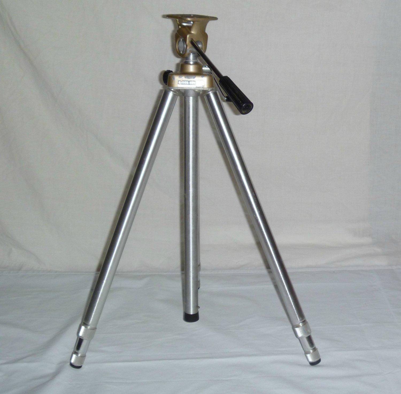 Vintage Quick Set Tripod Model 6000 Pan Head