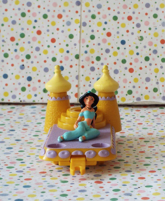 Disney Fantasyland Aladdin Jasmine Float Part