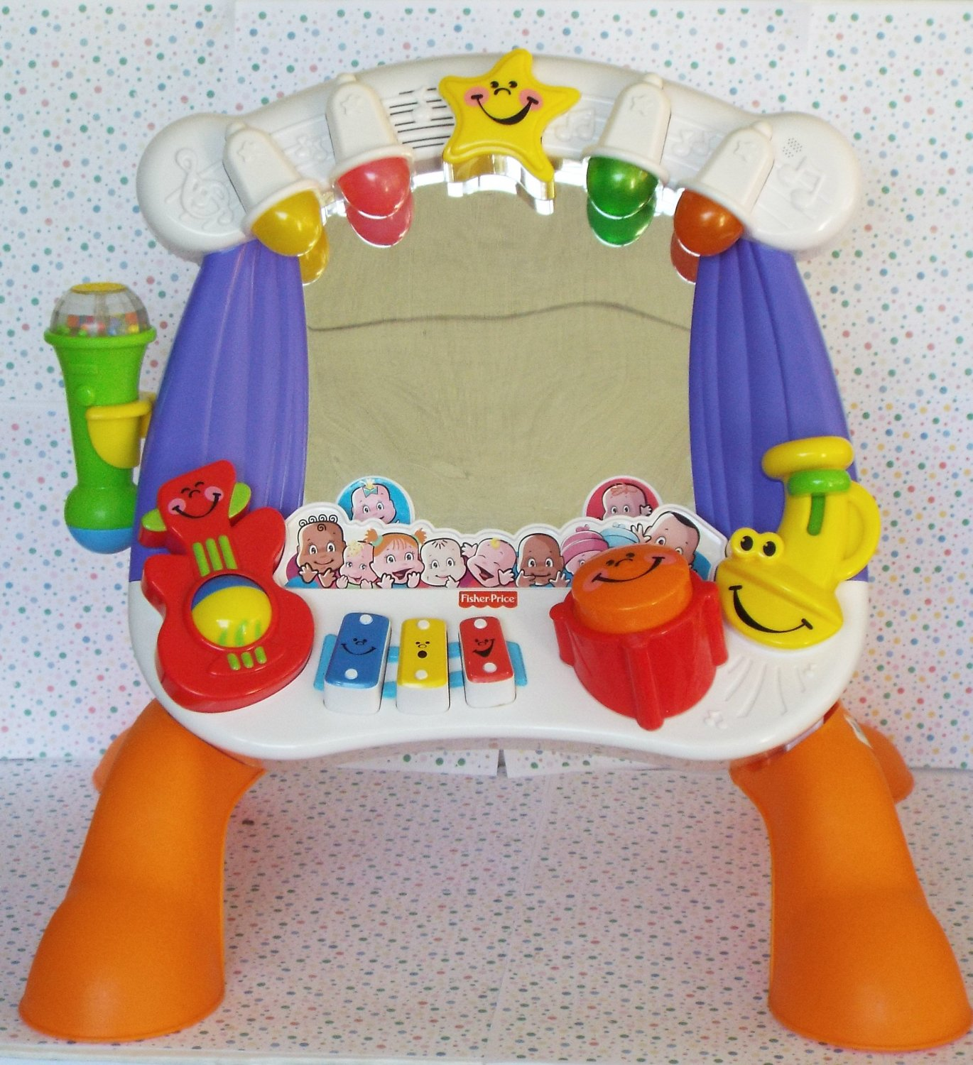 Fisher-Price Little Superstar Sing-Along Stage