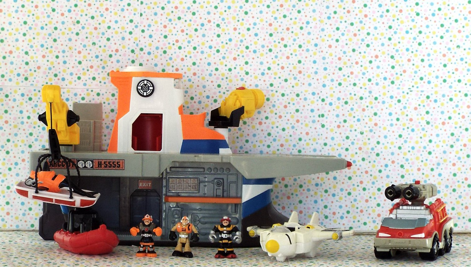 Fisher Price Rescue Heroes Micro A.R.C.C. Playset