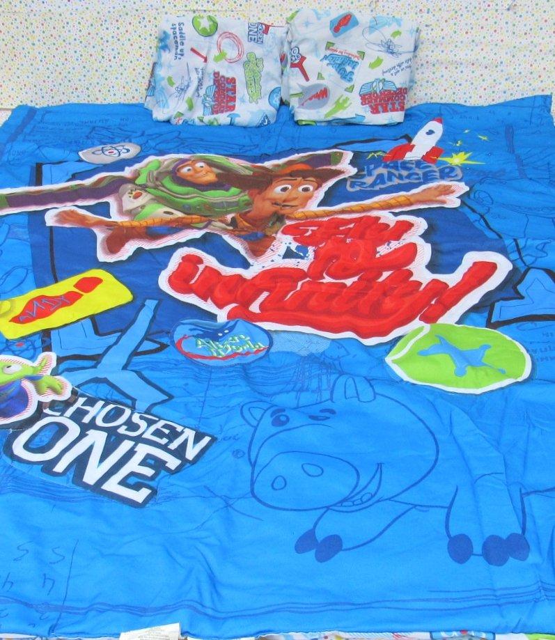 Disney-Pixar Toy Story Fly To Infinity Crib Toddler Bedding 3 Peice