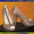 Victoria's Secret $75 Suede Beige Peeptoe Pumps 8 243582