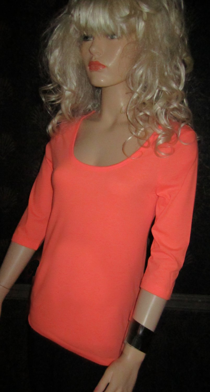 Victoria's Secret $30 Scoop Neck 3/4 Sleeve Coral Tee Top Medium 296095